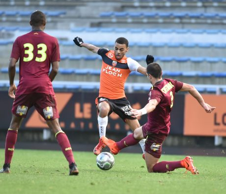 football-lorient-vs-lens-ligue-2-03022018-2
