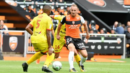 Courtet Gaetan (FC Lorient) - SERY William (Rouen-Quevilly)